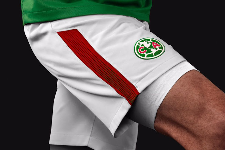"""e79327ce8f7 Club América defender Edson Álvarez said, """"It's a great moment to get a  uniform in tribute to Mexico to show support to the country."""