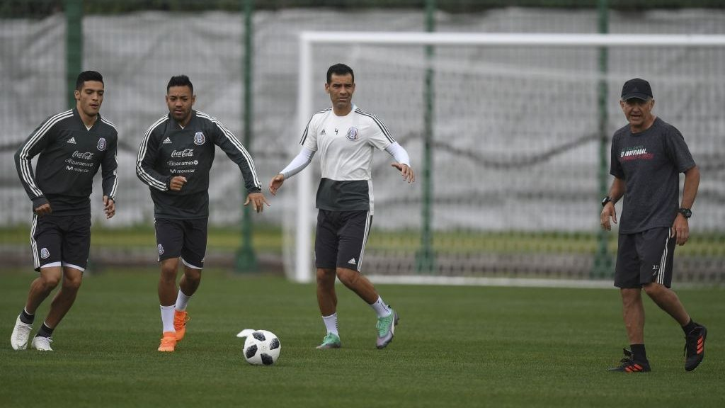 1bb85e50f Why Mexico s Rafael Márquez can t wear the same kit as his team-mates