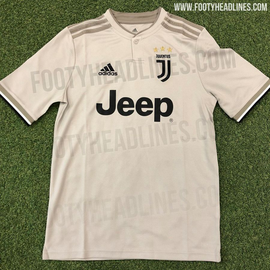 more photos 1911c c2a7a New Juventus away shirt is leaked...and it looks very familiar
