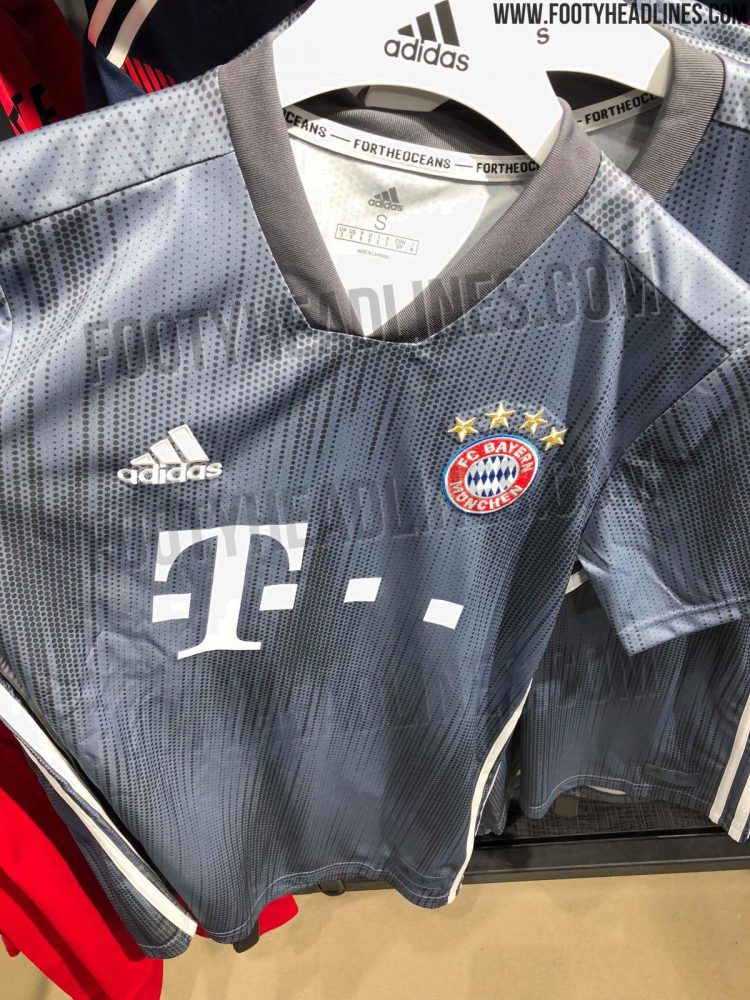 b19ae3b2a1d bayern-munich-18-19-third-kit-4