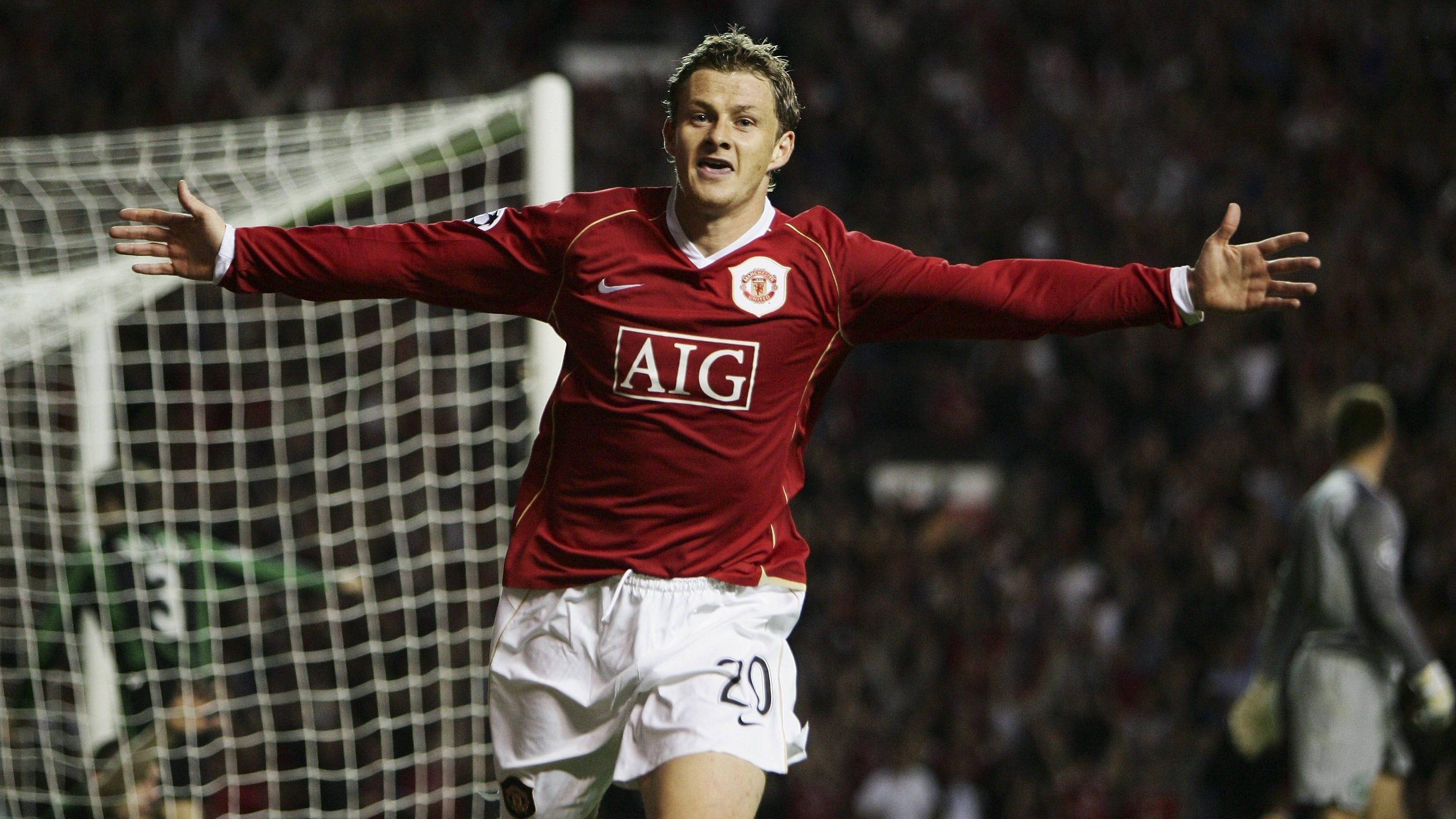 ae21e6977 Social media reacts to Ole Gunnar Solskaer s Manchester United return