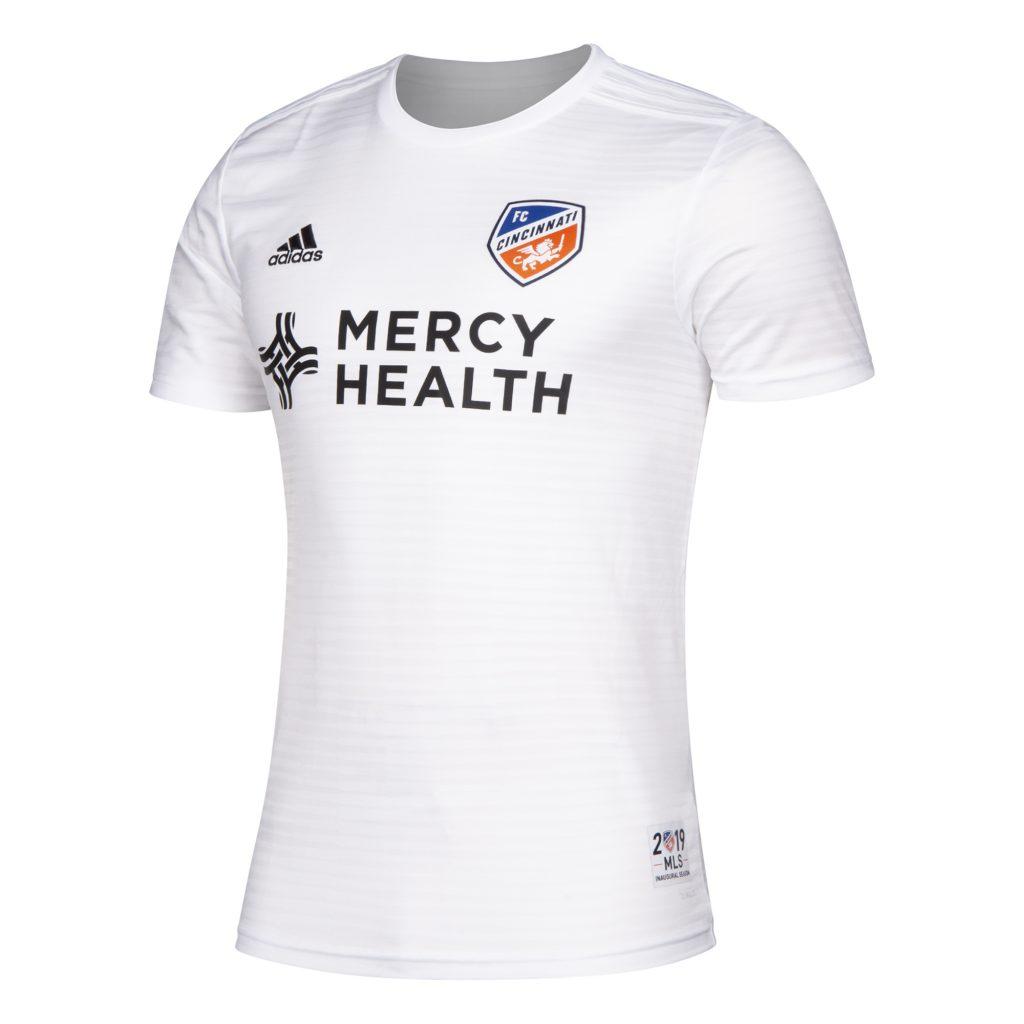 buy popular 08602 da543 📸 FC Cincinnati reveal kits for inaugural MLS season