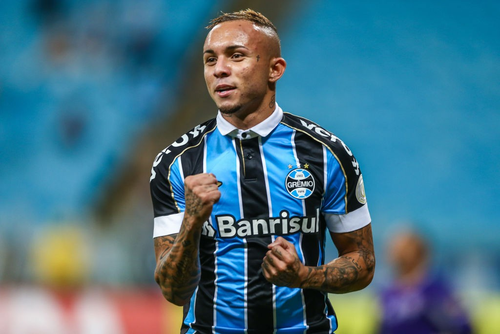 Gremio-v-Fluminense-Brasileirao-Series-A-2019-1563609000.jpg