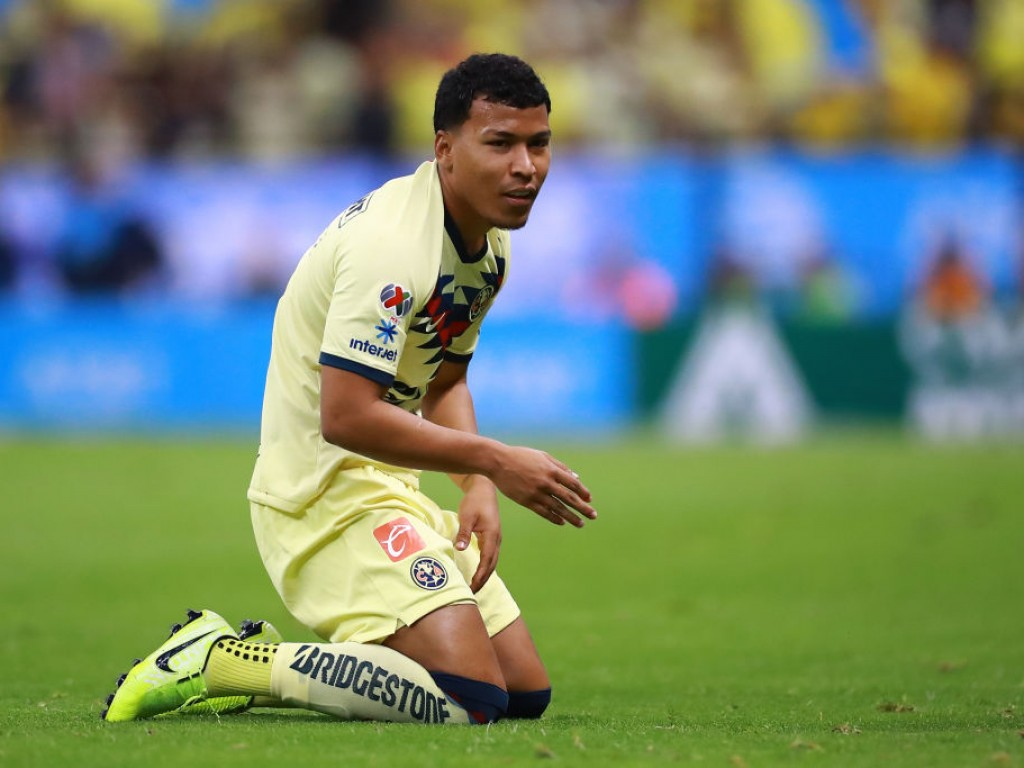 We now know why Roger Martínez has been absent from América training