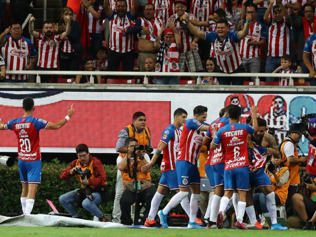 Chivas name 18-man matchday squad to face Monarcas