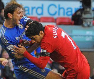 Jamie Carragher blames Luis Suárez for costing Liverpool the title
