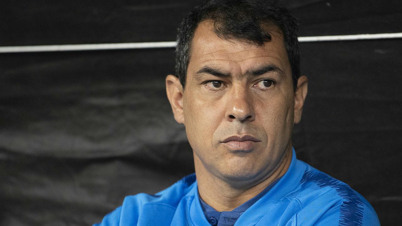 Andrés Sanchez forced to defend Fábio Carille after heavy defeat