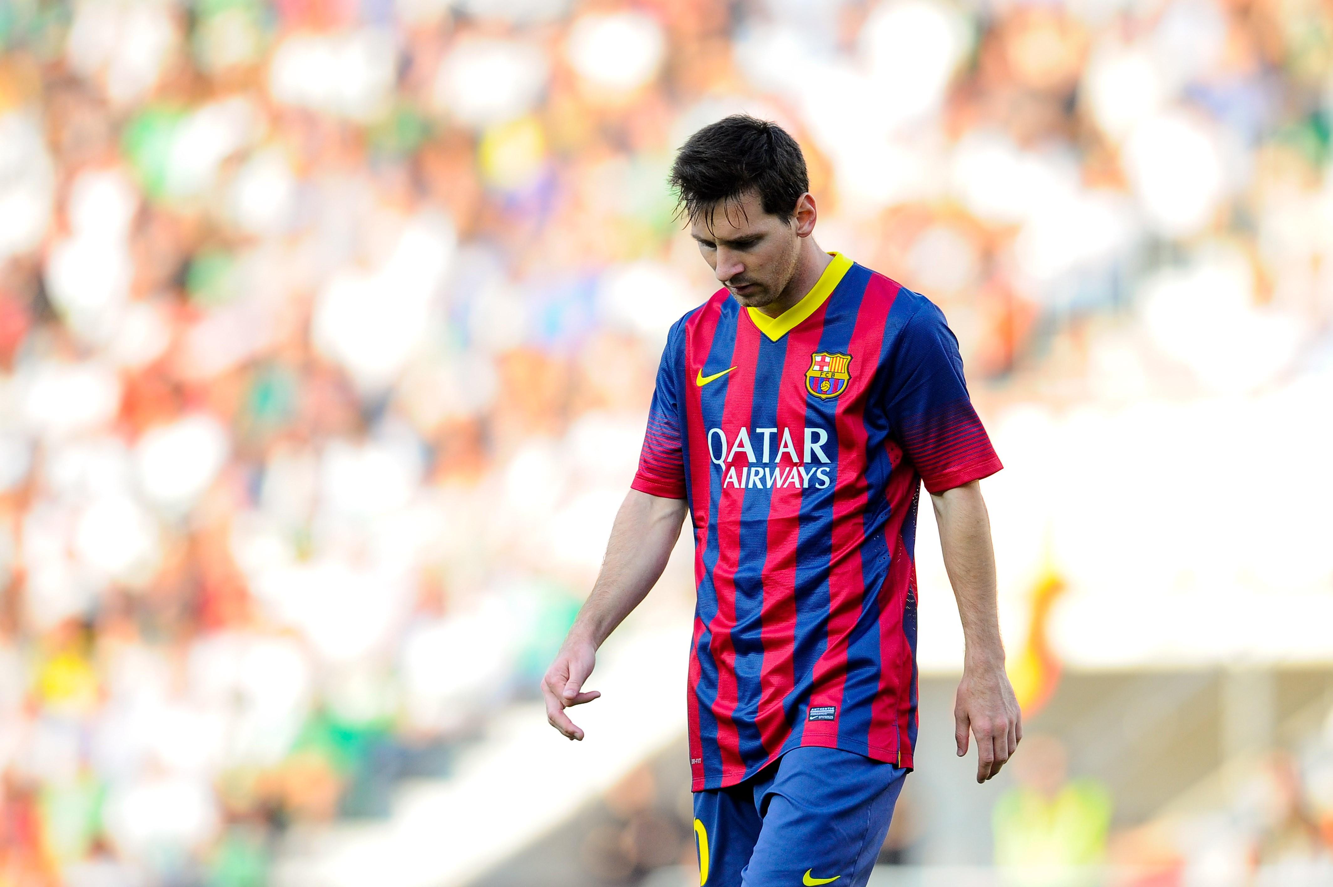 Elche-FC-v-FC-Barcelona-La-Liga-1570610486.jpg