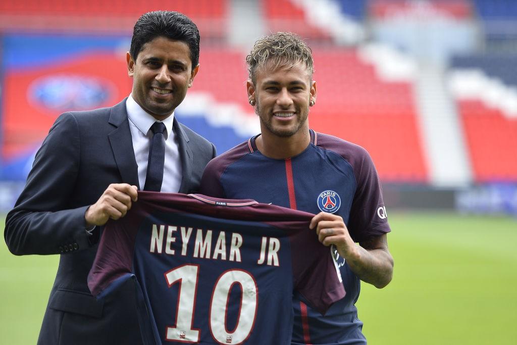 Neymar-Signs-For-PSG-1571666342.jpg
