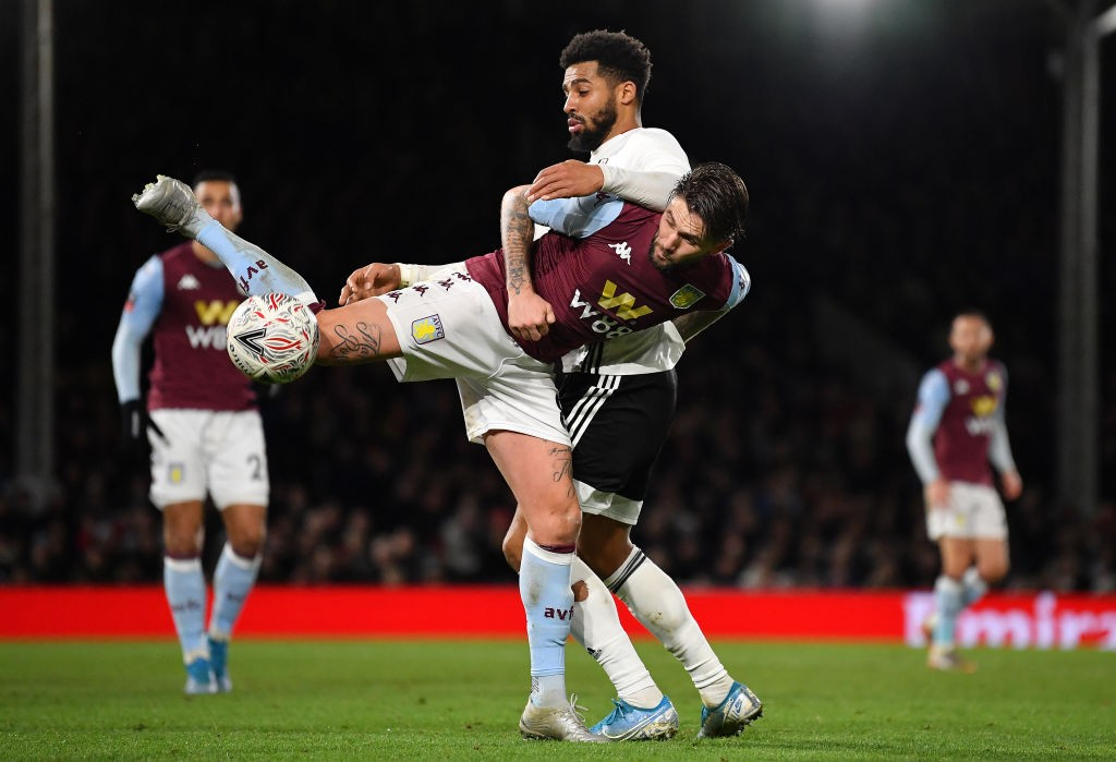 女 Aston Villa breeze past Fulham; Liverpool lead against Arsenal