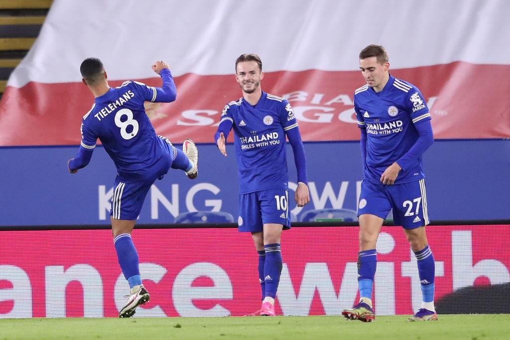 女 Leicester into second after Saints win, Chelsea edge past Fulham