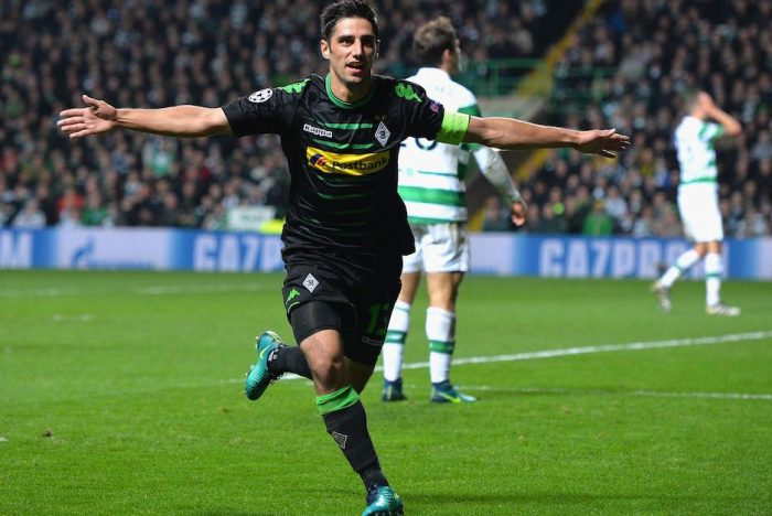 GLASGOW, SCOTLAND - OCTOBER 19: Lars Stindl of Borussia Moenchengladbach celebrates after scoring the opening goal of the game during the UEFA Champions League group C match between Celtic FC and VfL Borussia Moenchengladbach at Celtic Park on October 19, 2016 in Glasgow, Scotland. (Photo by Mark Runnacles/Getty Images)