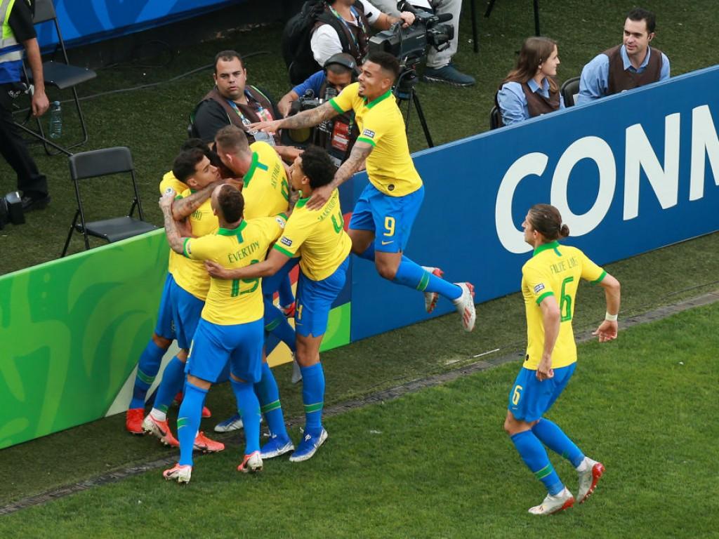 Copa América: Brasilien schießt Peru ab, Venezuela im Viertelfinale