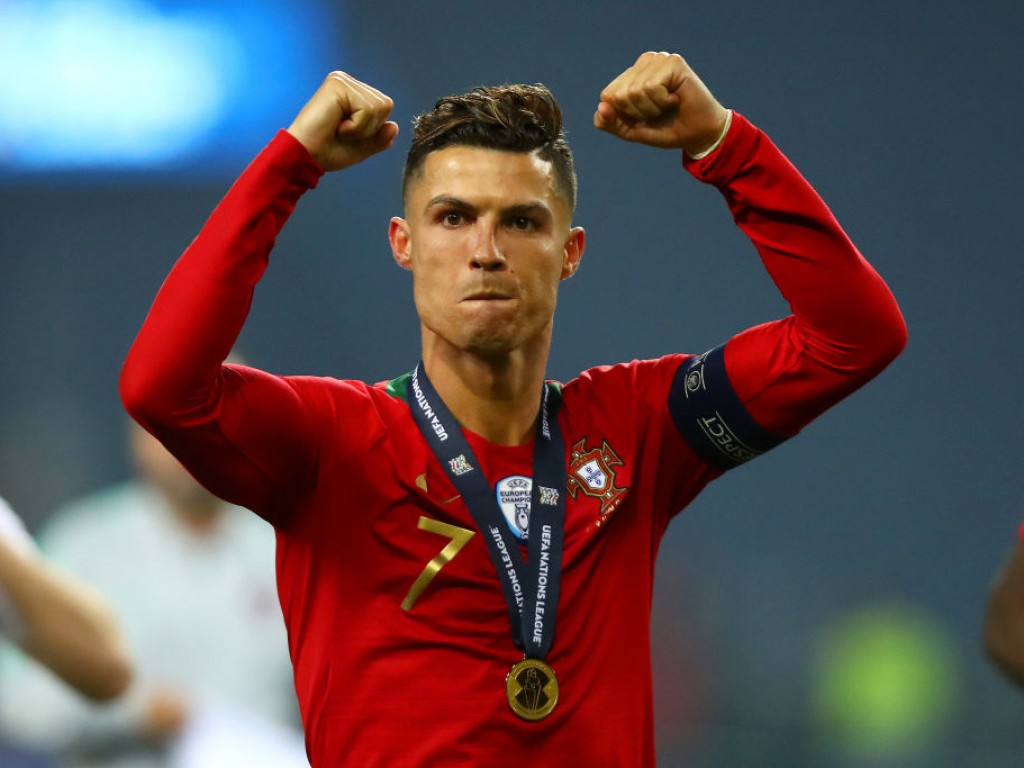 Wie bitte?! So viel Trinkgeld hat Ronaldo im Urlaub gegeben