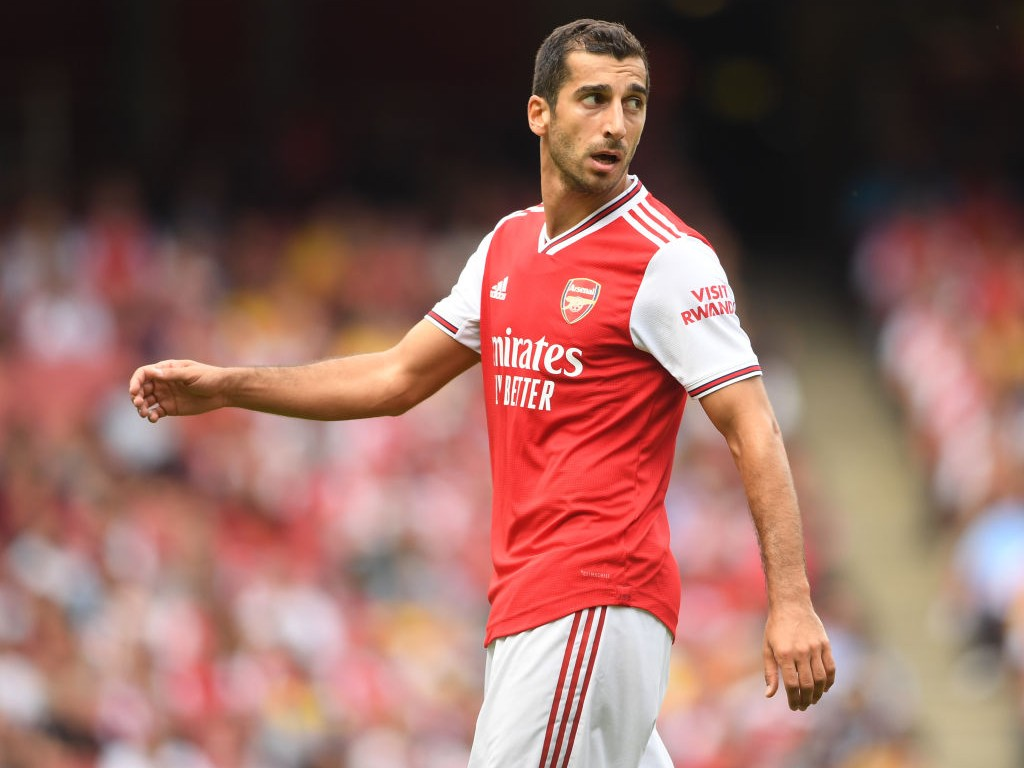 Arsenal-v-Olympique-Lyonnais-Emirates-Cup-1567374923.jpg