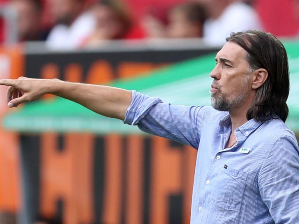 """FCA-Coach bang um Baier nennt Freiburg ein """"Vorbild für Augsburg"""""""