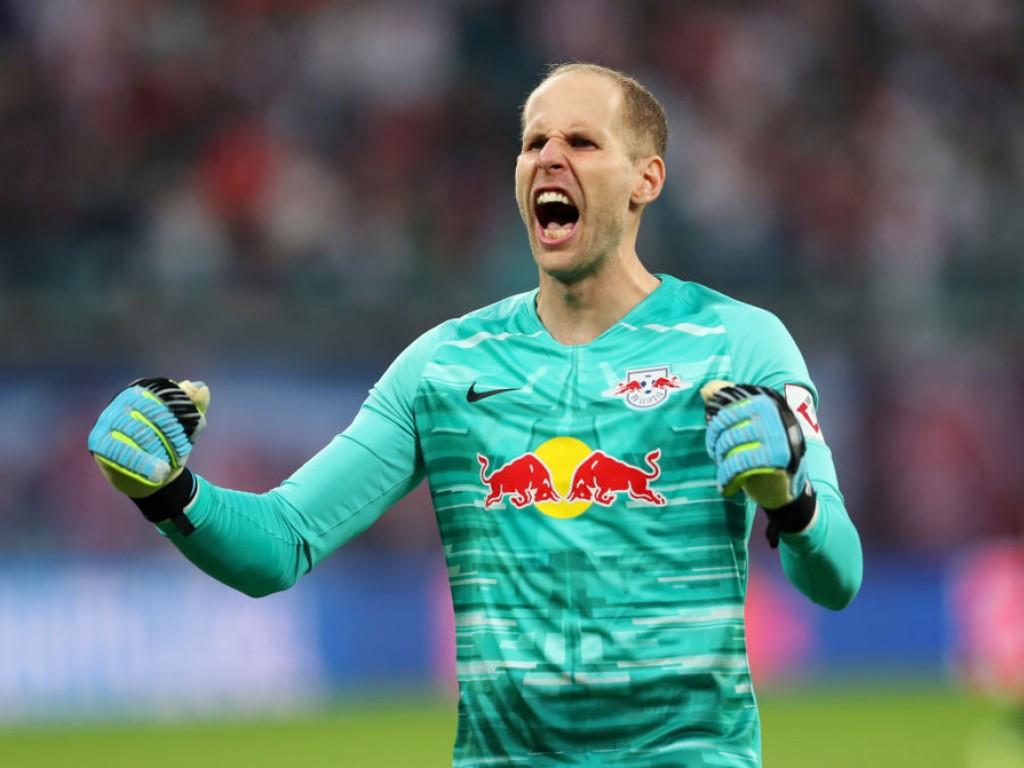 🚨 Ende der Wechselgerüchte: Leipzig verlängert mit Gulácsi
