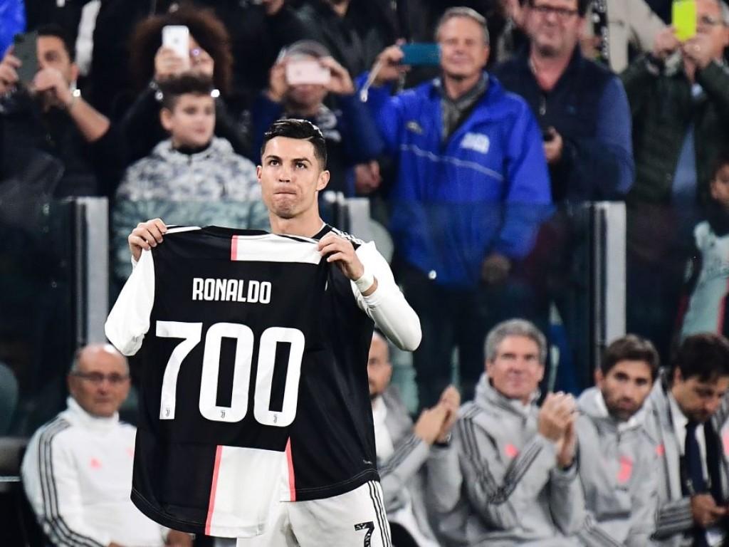 🎥 Ronaldos 700. Treffer lässt das Stadion auf dem Kopf stehen