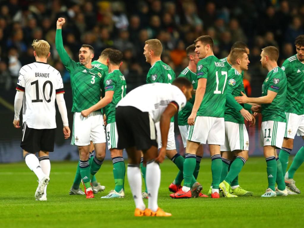 💥 Wilder Start in Frankfurt: Gnabry antwortet auf frühen Schock