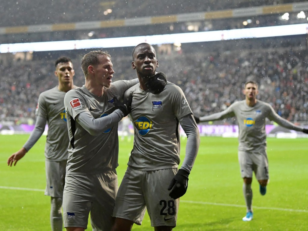 📺 Klinsis Hertha mit VAR-Glück, SGE-Ausgleich aberkannt