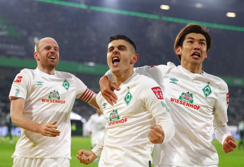 VfL-Wolfsburg-v-SV-Werder-Bremen-Bundesliga-1575363652.jpg