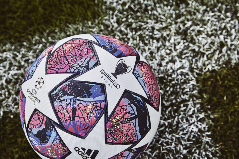 📸 Echte Kunst! Das ist der Ball für die K.o.-Phase der Königsklasse