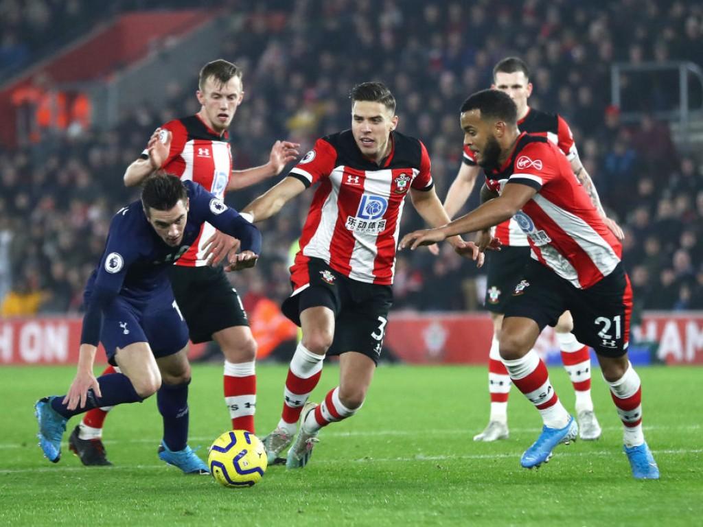 📝 El Tottenham empieza el año con mal pie - Onefootball Español