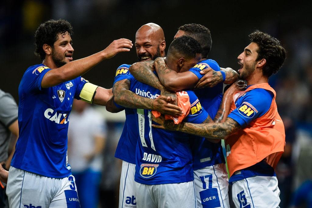 Cruzeiro-v-Corinthians-Brasileirao-Series-A-2018-1549197221.jpg