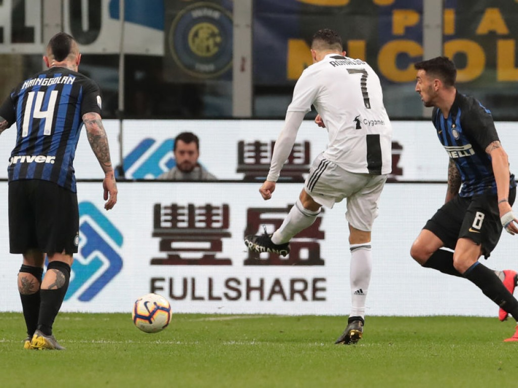 FC-Internazionale-v-Juventus-Serie-A-1556395225.jpg