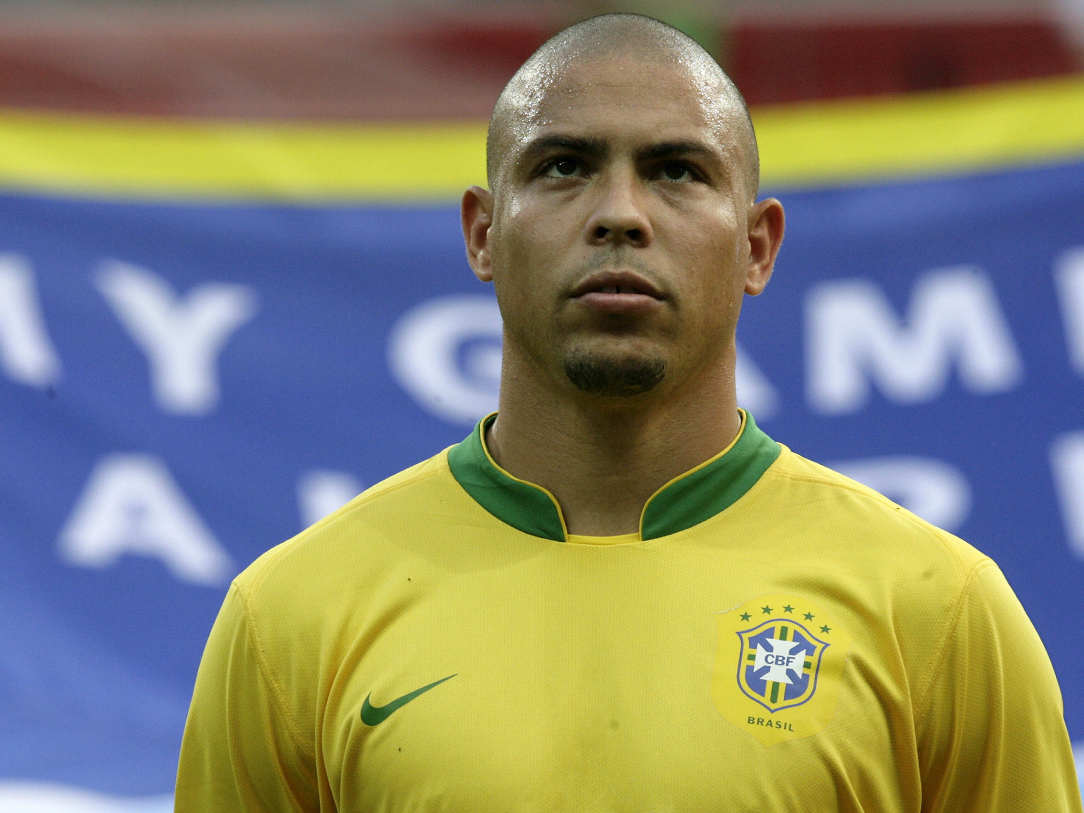 Brazilian-forward-Ronaldo-listens-to-the-1560171574.jpg
