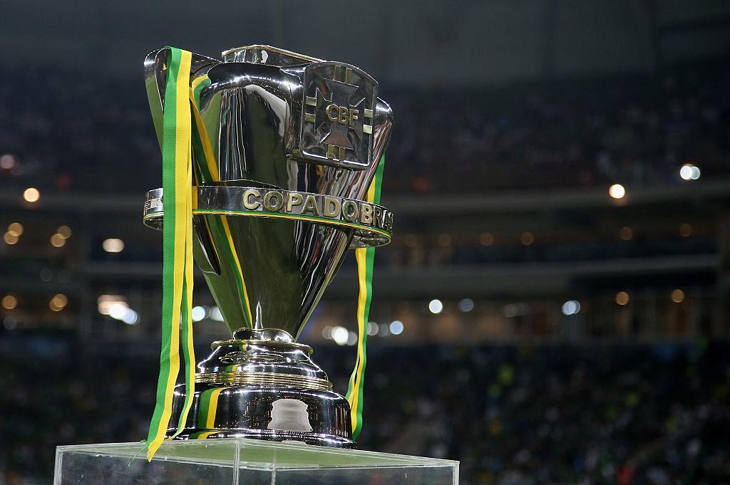 Palmeiras-v-Santos-Copa-do-Brasil-2015-Final-1567727165.jpg