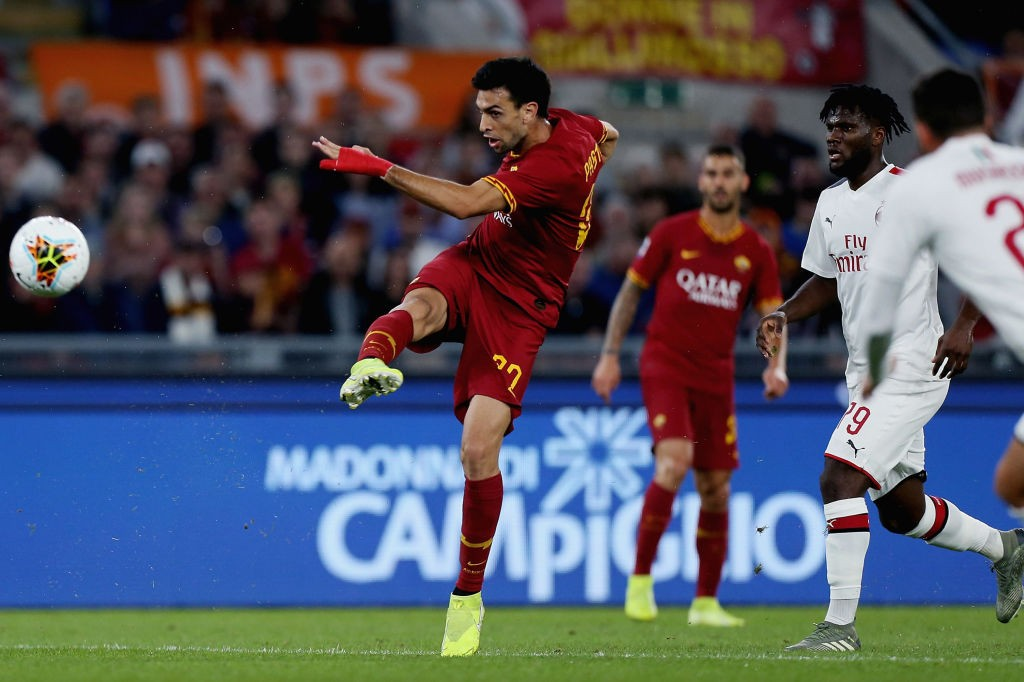 AS-Roma-v-AC-Milan-Serie-A-1572201800.jpg