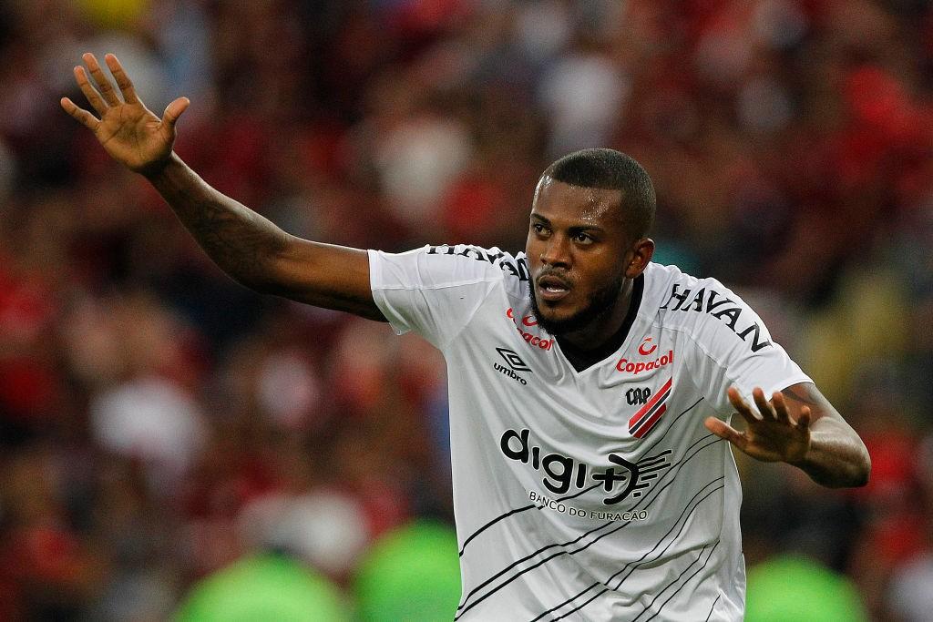 Flamengo-v-Athletico-PR-Brasileirao-Series-A-2019-1570986739.jpg