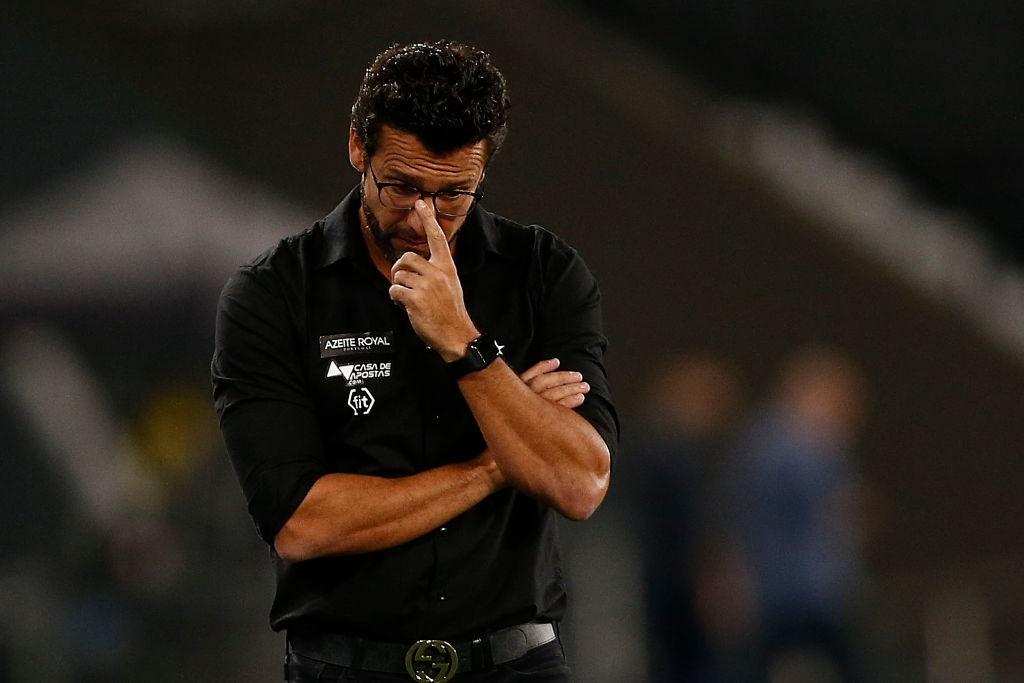 Botafogo-v-Flamengo-Brasileirao-Series-A-2019-1573226855.jpg