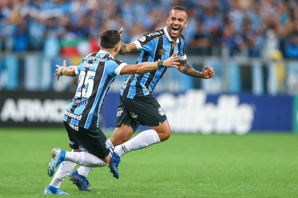 Gremio-v-Internacional-Brasileirao-Series-A-2019-1573226759.jpg