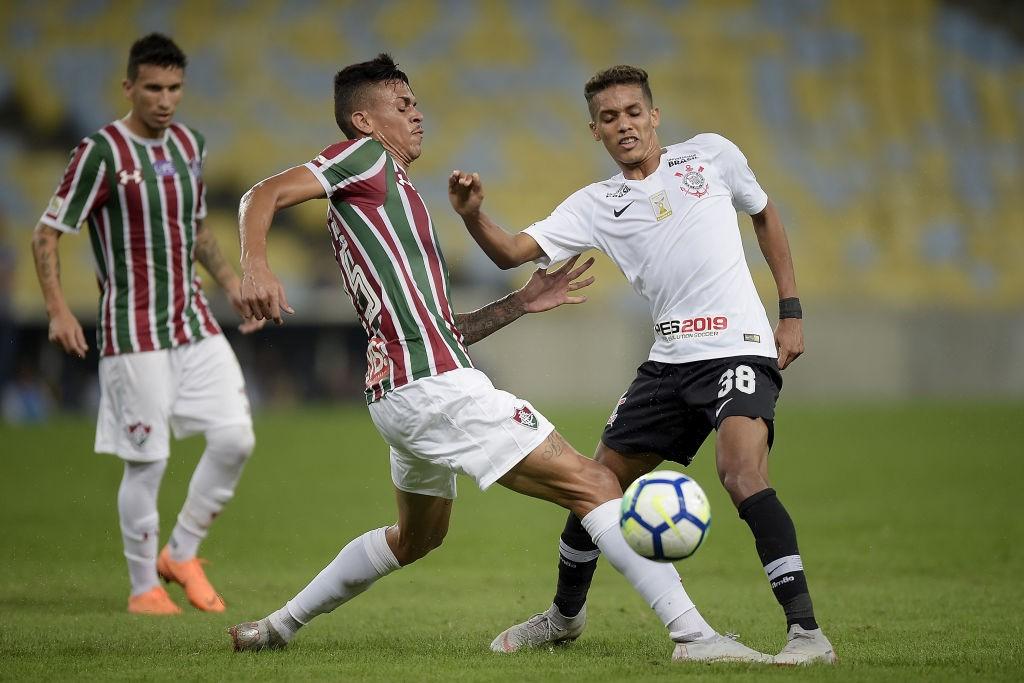 Fluminense-v-Corinthians-Brasileirao-Series-A-2018-1585241264.jpg