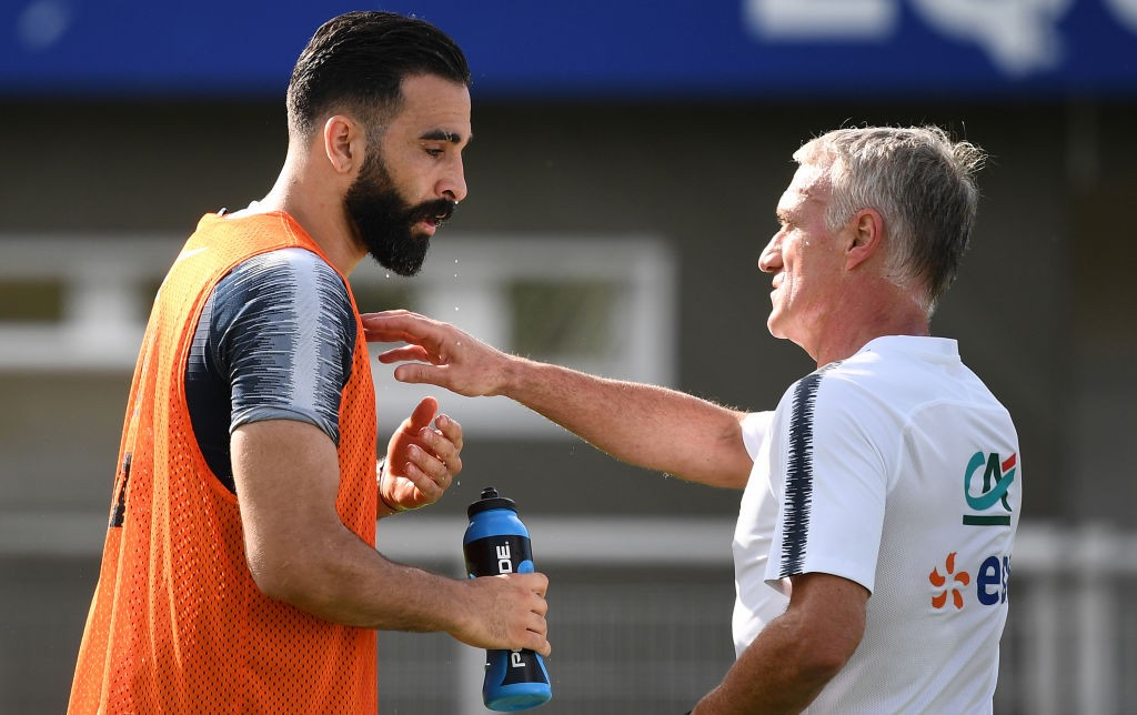 Deschamps se paie Adil Rami