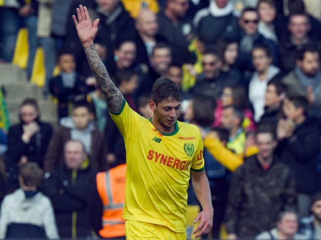 Cardiff accuse Nantes d'avoir enfreint une règle de la FIFA — Affaire Sala