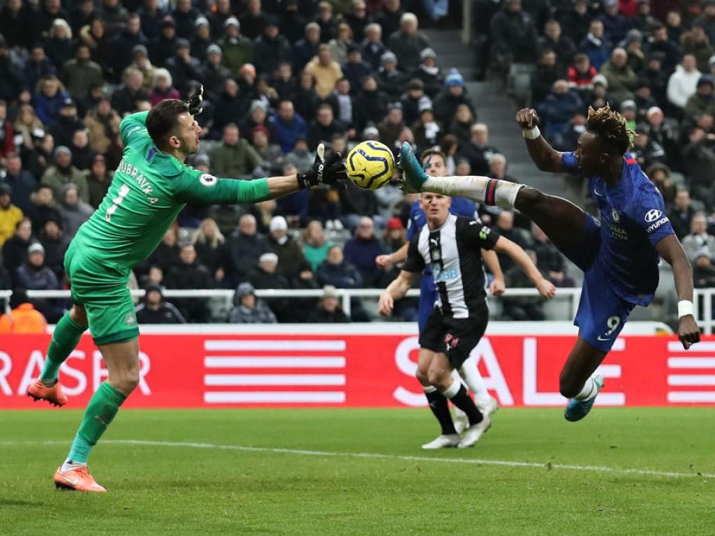 Newcastle-United-v-Chelsea-FC-Premier-League-1579375384.jpg