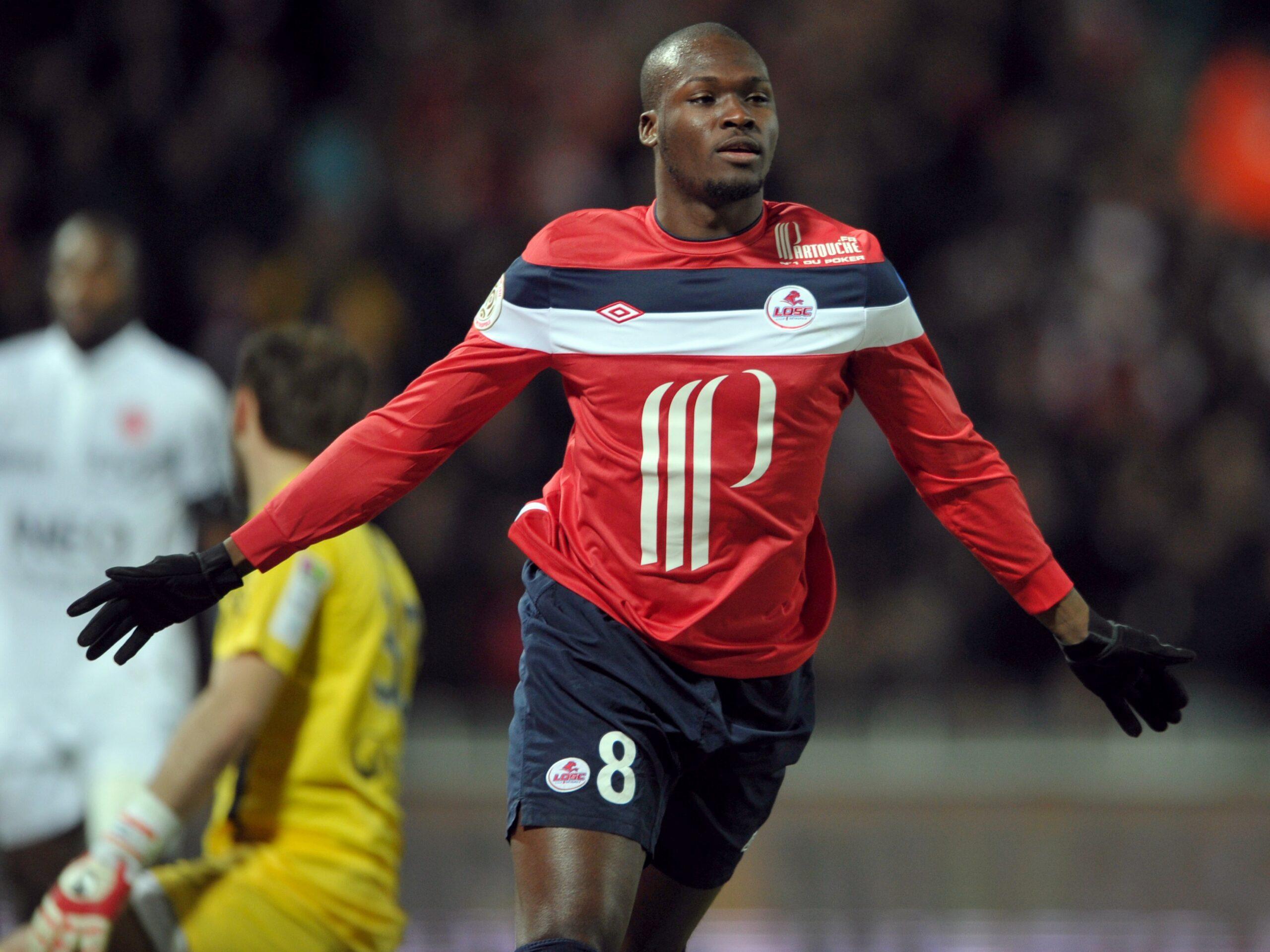 Lilles-Senegalese-forward-Moussa-Sow-ce-1585071134.jpg